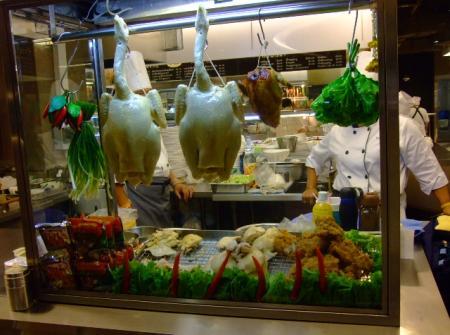 ร้านข้าวมันไก่สิงคโปร ใช้ไก่ปลอมขนาด 3 โล คอตรง 2 ตัว